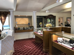 Jewelery store before Interior design